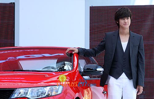 Kim bum as model KIA
